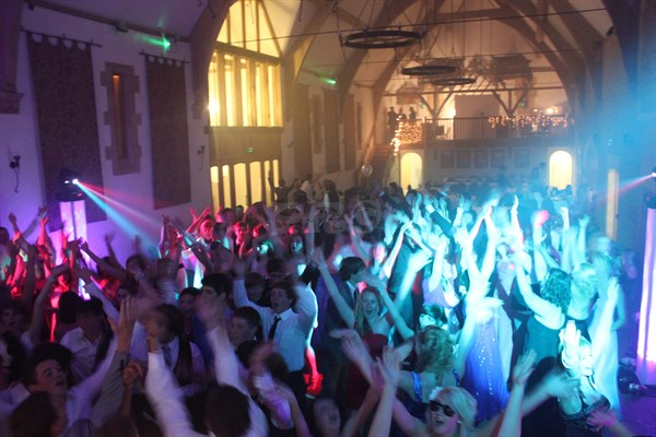 Mobile DJ hire for Prom/ ball. Surround Lighting for Club effect, photo & video projection, confetti canon, LED Uplighting, Laser show